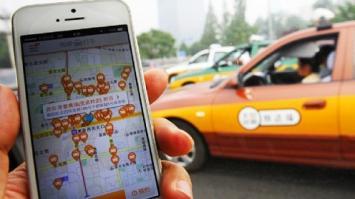 Se subió a un taxi con su amante: el chofer era su marido