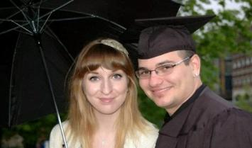 Un hombre fingió su muerte para evitar casarse pero fue descubierto por la novia