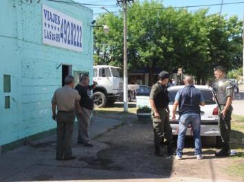 Encuentran incendiado el auto que se sospecha usaron los asesinos del padre de