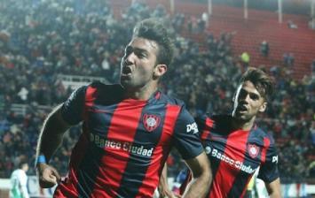 San Lorenzo eliminó a Banfield con goles y las manos de Torrico
