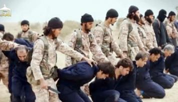 ISIS prohíbe el uso de camisetas del Real Madrid y del Barcelona