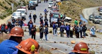 El gobierno de Bolivia denuncia que mineros secuestraron al viceministro del Interior