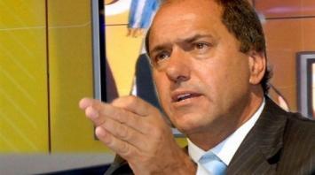 Como Macri, Scioli va detrás de un nuevo impuesto