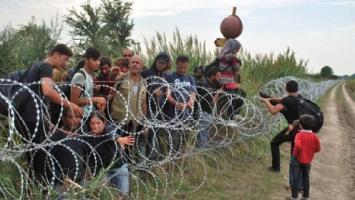 Refugiados: Hungría construye una nueva valla antimigratoria