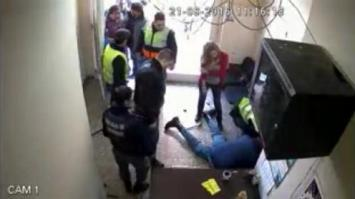 Neuquén: un policía disparó contra un manifestante