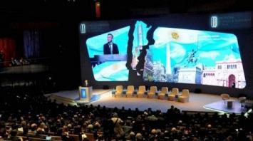 """Pese a las quejas por la """"pesada herencia"""", el Gobierno elogia los indicadores del país ante inversores"""