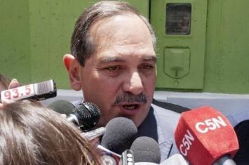 Alperovich admitió que no le gustaría que su esposa sea candidata