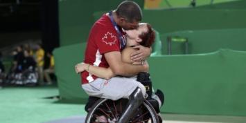 La dulce imagen de una pareja de los Paralímpicos que se viralizó y conmovió a todos