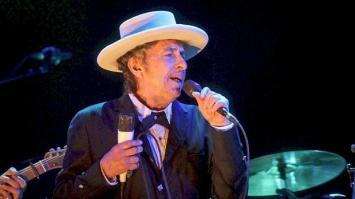 """Para la Academia Sueca, el silencio de Bob Dylan ante el Nobel es """"descortés y arrogante"""""""