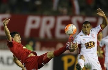 Huracán metió la última y sigue camino en la Libertadores