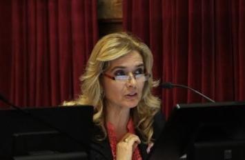 Más Cerca: Elías de Pérez interpeló a Capitanich en el Senado
