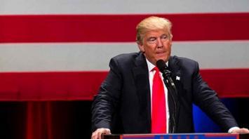 Trump insiste en que hay una conspiración de los medios en su contra