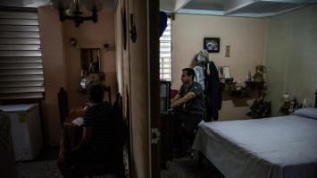 Los hogares de Cuba se preparan para la llegada de internet