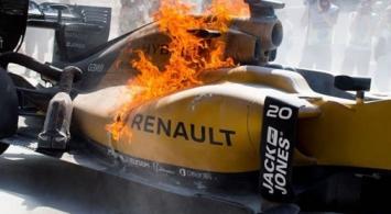Se salvó de milagro: piloto de Fórmula Uno se prendió fuego