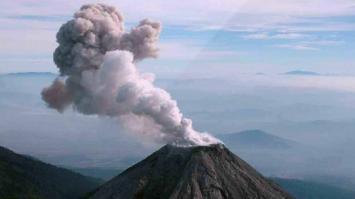 Una isla creada por un volcán podría generar un tsunami