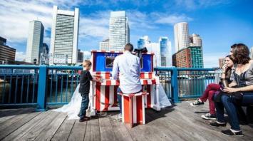 Pianos en la calle son un éxito en Boston