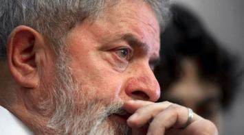 """La justicia brasileña procesó a Lula por corrupción en Petrobras y el ex presidente respondió que es una """"farsa"""""""