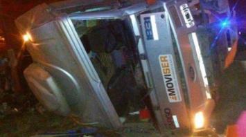 """Mercofrut: """"Pirañas"""" hicieron volcar un camión para robarlo"""