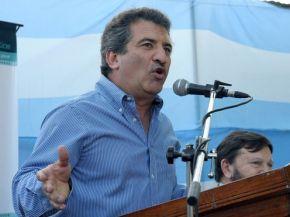 """La oposición es """"un frente derogador encabezado por Massa y Sanz"""