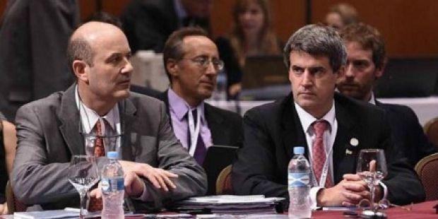 Sturzenegger volvió a contradecir a Prat Gay sobre la lucha contra la inflación