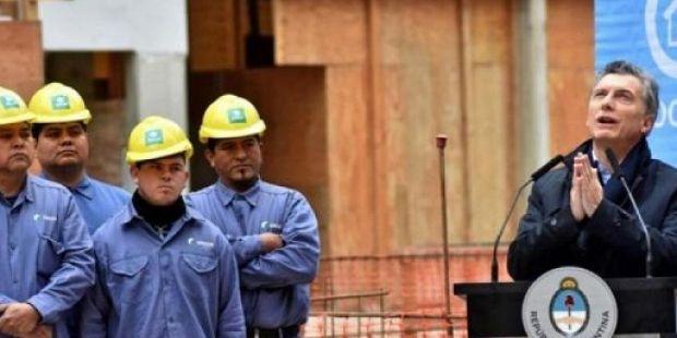 """El Gobierno lanza un plan para la """"reducción de costos laborales"""""""