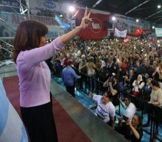"""""""Mi mayor compromiso es contribuir y ayudar a construir el frente ciudadano"""", dijo CFK"""