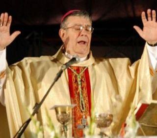 Viroche: El Vaticano evalúa jubilar anticipadamente a monseñor Zecca