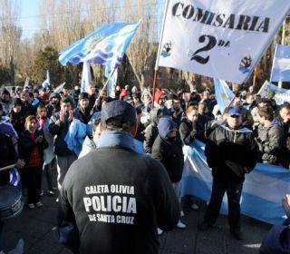 Un sector de la policía provincial se acuarteló por razones salariales