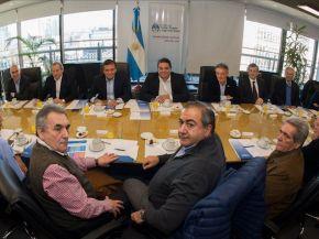 """La CGT dice que modificar el proyecto es """"hacerle el juego"""" a Macri."""