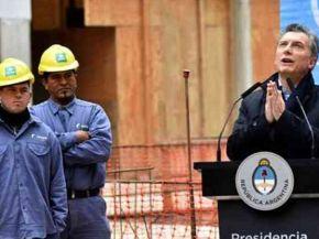 Macri recortó los programas que ayudan a evitar despidos