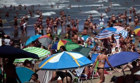 Salir de vacaciones este verano saldrá un 43% más que el año pasado