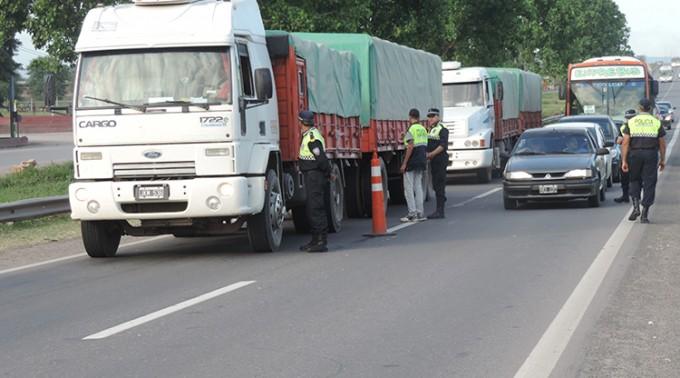 Secuestraron 26 vehículos durante un operativo policial
