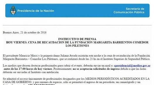 Macri publicitó una cena para recaudar fondos para la fundación de Margarita Barrientos a través de canales oficiales