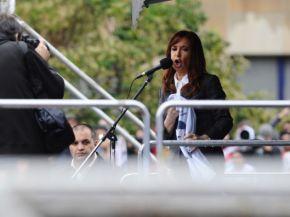 """CFK: """"Un hecho absolutamente violento e intimidatorio"""""""