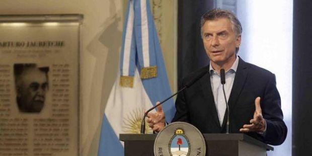 Con dos DNU, Macri volverá a castigar a los trabajadores: modificará feriados y ley de ART