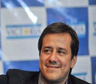 Imputan a Mariano Recalde por la firma de convenios entre Aerolíneas Argentinas y Sol