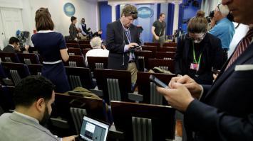 """Trump le declara la guerra a los medios """"The New York Times"""", CNN, entre otros"""