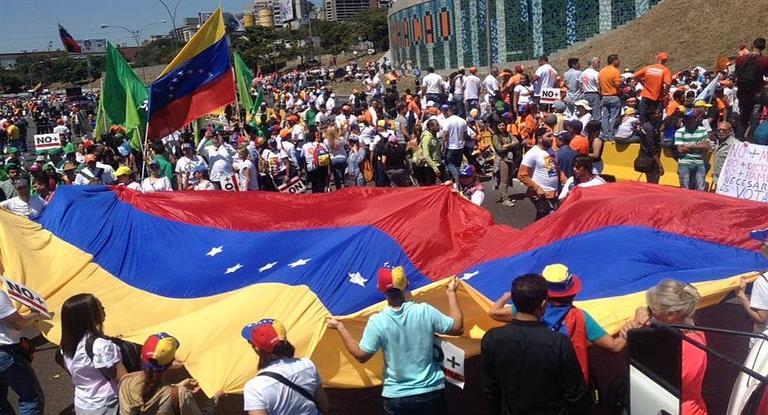 A tres años de su detención, comenzó en Caracas la marcha para exigir la libertad de López