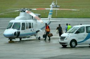 Filtran imágenes de la camioneta de un banco suizo ingresando bolsos en el helicóptero presidencial