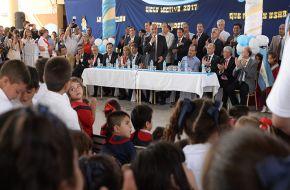 El Gobernador inauguró el ciclo lectivo en Delfín Gallo