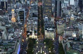 La población argentina aumentó su edad promedio respecto de la media del mundo
