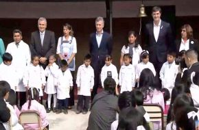 Macri inauguró el ciclo lectivo y lamentó el paro docente