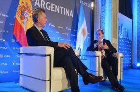 """Macri aseguró que recibió """"presiones"""" del """"círculo rojo"""" para ajustar"""