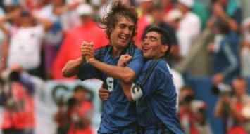 """Batistuta explicó por qué Maradona fue """"el mejor de todos"""" y qué tiene que le falta a Messi"""