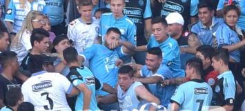 Un hincha fue golpeado y arrojado en el Belgrano-Talleres