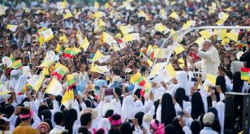 Ante 150.000 católicos, Francisco pidió paz y reconciliación en Myanmar