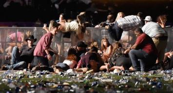 El Estado Islámico se adjudicó el atentado que dejó al menos 50 muertos y 400 heridos en Las Vegas