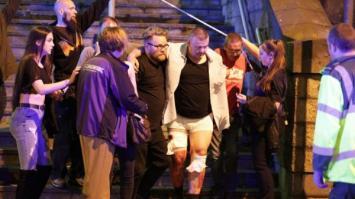 Pánico por dos explosiones en un concierto de Ariana Grande, confirman 19 muertos
