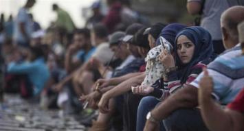 Refugiadas en Siria denuncian que ONU y ONG les exigían tener sexo a cambio de comida