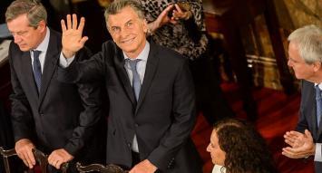 """Macri defendió el modelo económico gradualista y rechazó un """"shock de ajuste"""""""